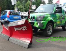 Suzuki Jimny Camouflage mit THE BOSS 200cm V-Pflug und Schneedeflektor