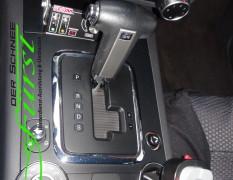 Streuer- & Pflugsteuerung integriert in Mittelkonsole eines VW Touareg