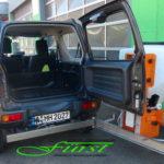 Per Schwenkkonsole kann auch der Kofferraum trotz Streuer im Winter genutzt werden