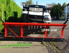 Suzuki Jimny Pritsche mit SnoWay 182cm Schneeschild