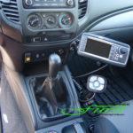 Innenraum Mitsubishi L200 mit THE BOSS Tastenfeld und HILLTIP Aufbaustreuer Bedienpult