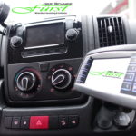 ergonomische Anordnung der Steuerungen in einem Peugeot Boxer